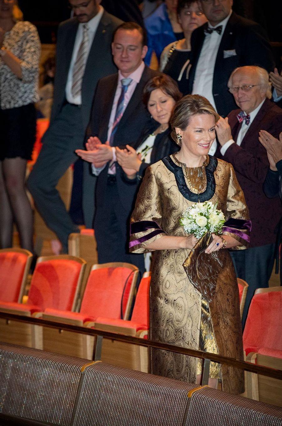 Mathilde ruisselante d'or à Anvers