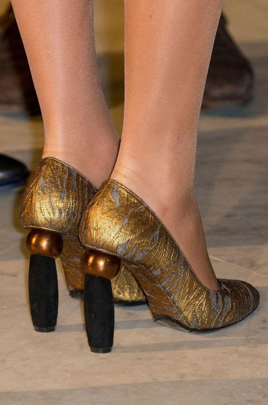 Les chaussures de la reine Mathilde de Belgique à Anvers, le 26 novembre 2016