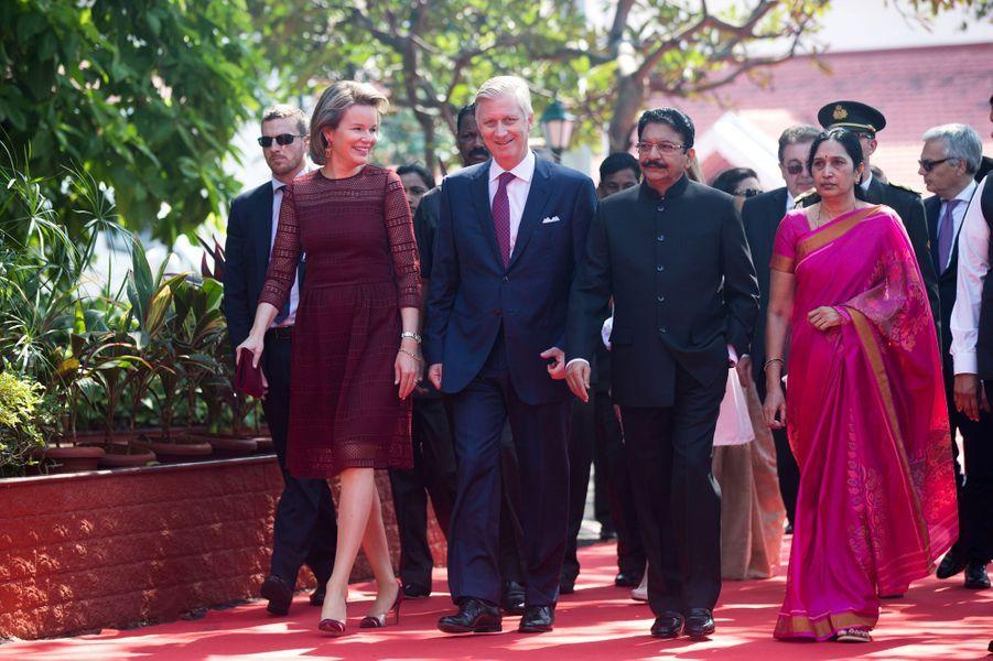 La reine Mathilde et le roi Philippe de Belgique avec le gouverneur de l'Etat de Maharashtra à Bombay, le 9 novembre 2017
