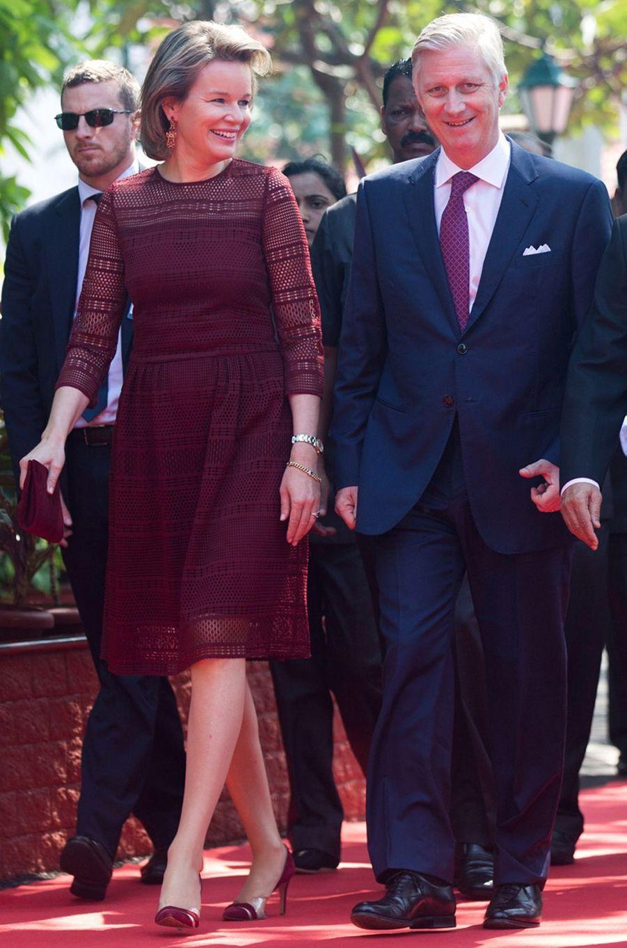 La reine des Belges Mathilde en Natan en Inde, le 9 novembre 2017