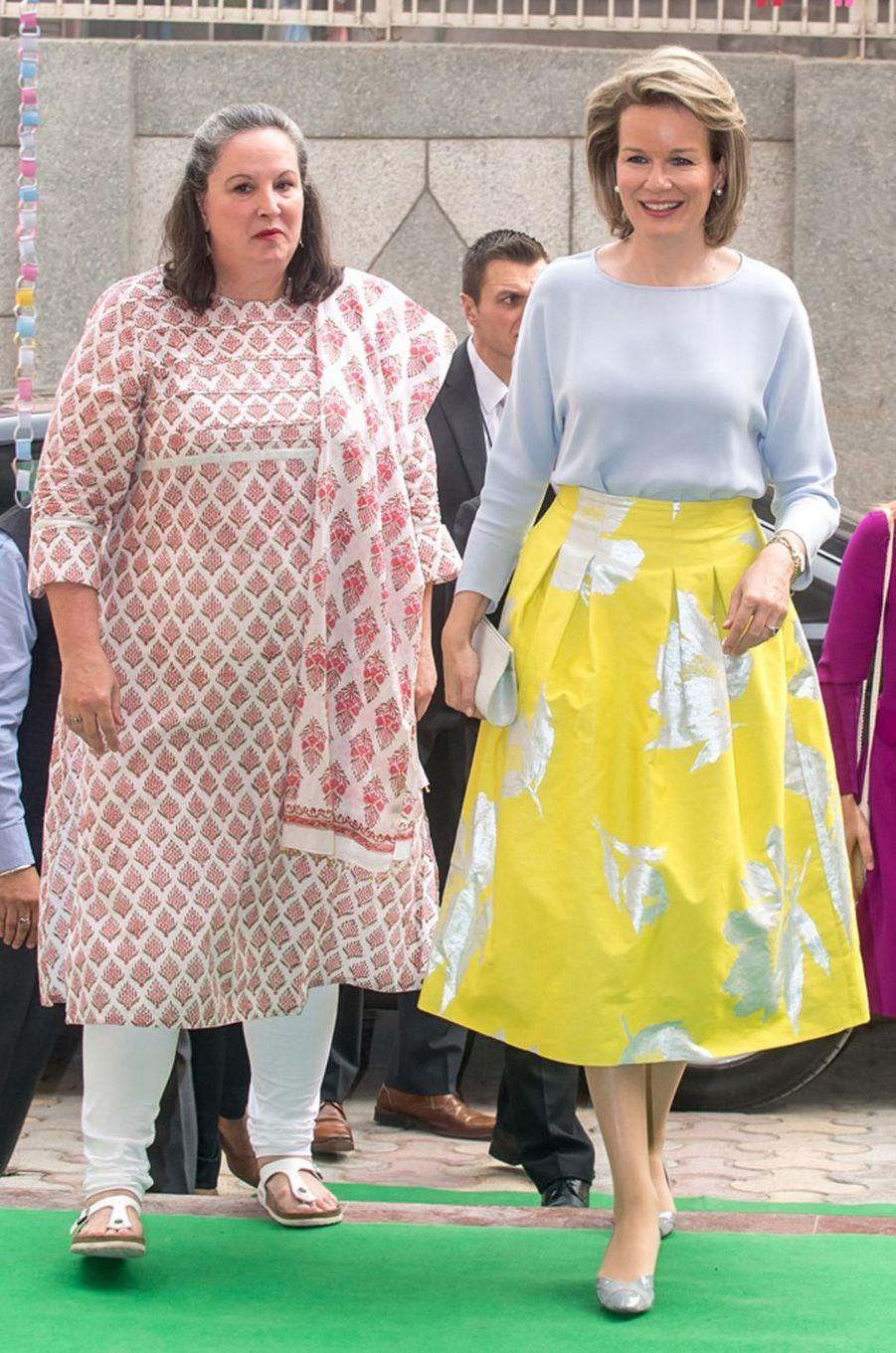 La reine des Belges Mathilde en Natan en Inde, le 8 novembre 2017