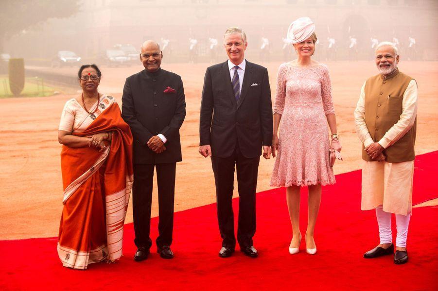 La reine Mathilde et le roi Philippe de Belgique avec le couple présidentiel et le Premier ministre de l'Inde à New Delhi, le 7 novembre 2017
