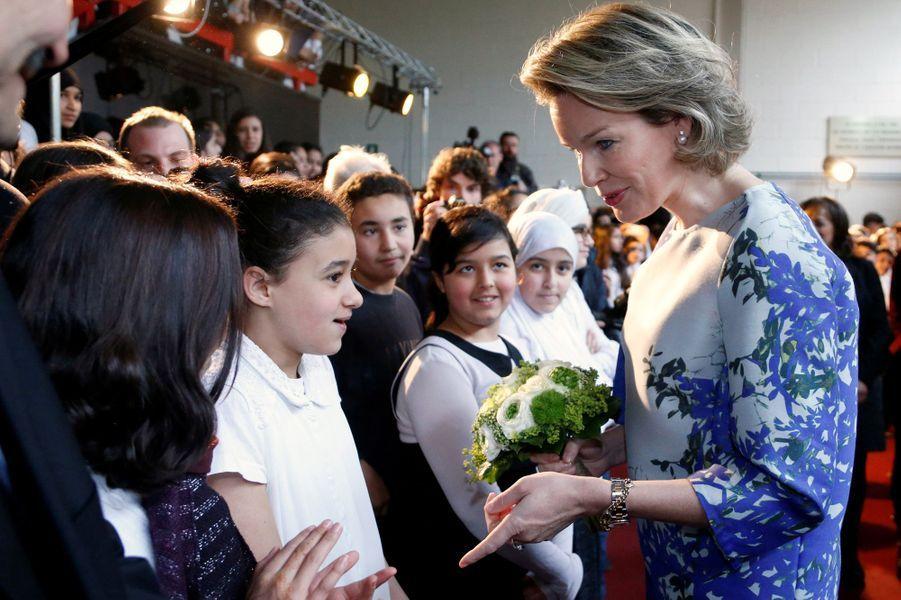 La reine Mathilde de Belgique à Molenbeek-Saint-Jean, le 27 avril 2016