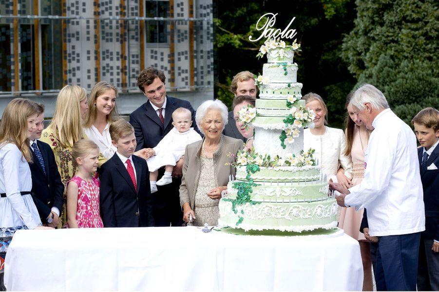 L'ex-reine des Belges Paola avec ses petits-enfants et son arrière petite-fille à Waterloo, le 29 juin 2017