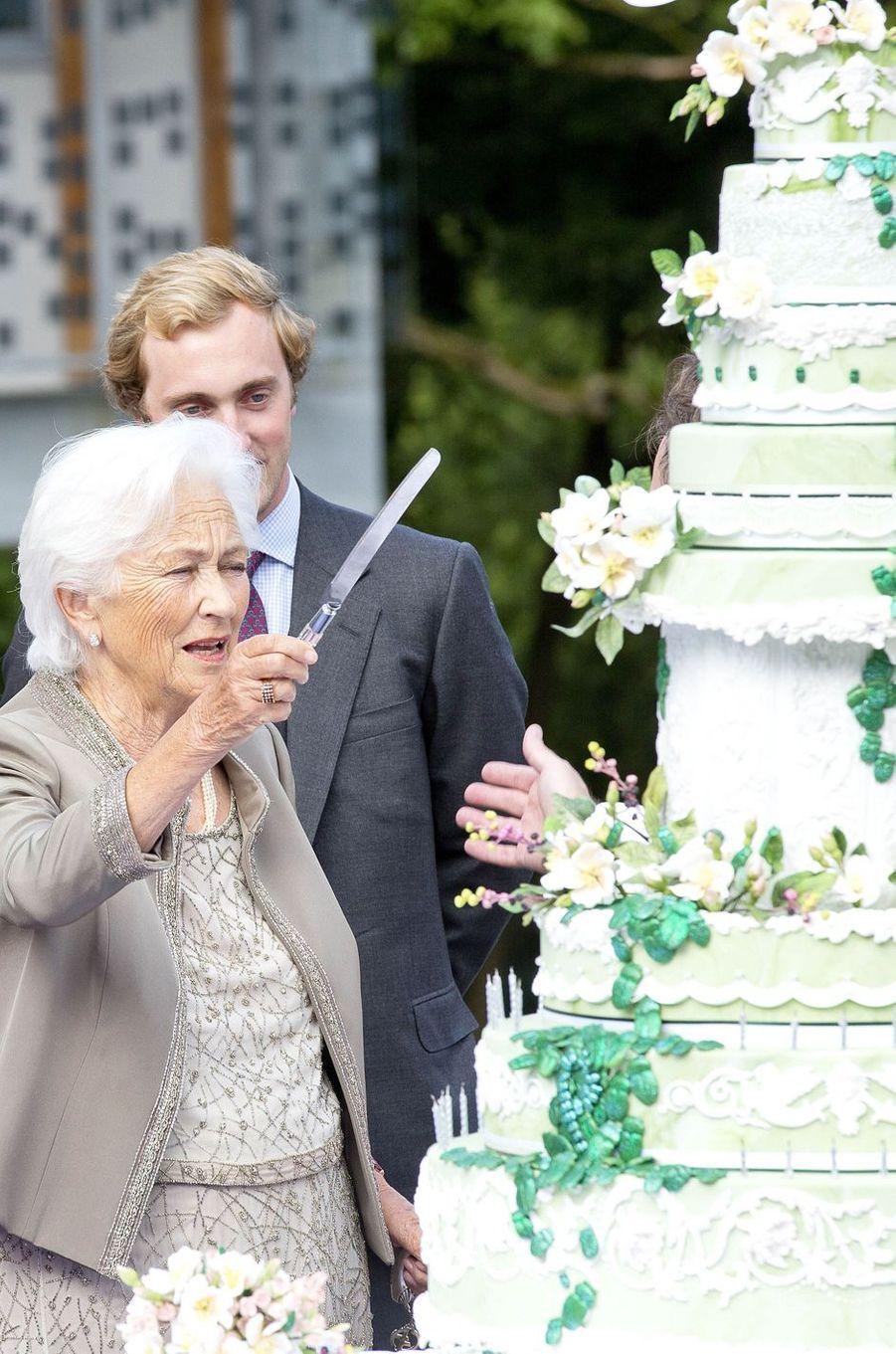 L'ex-reine des Belges Paola avec son petit-fils le prince Joachim à Waterloo, le 29 juin 2017