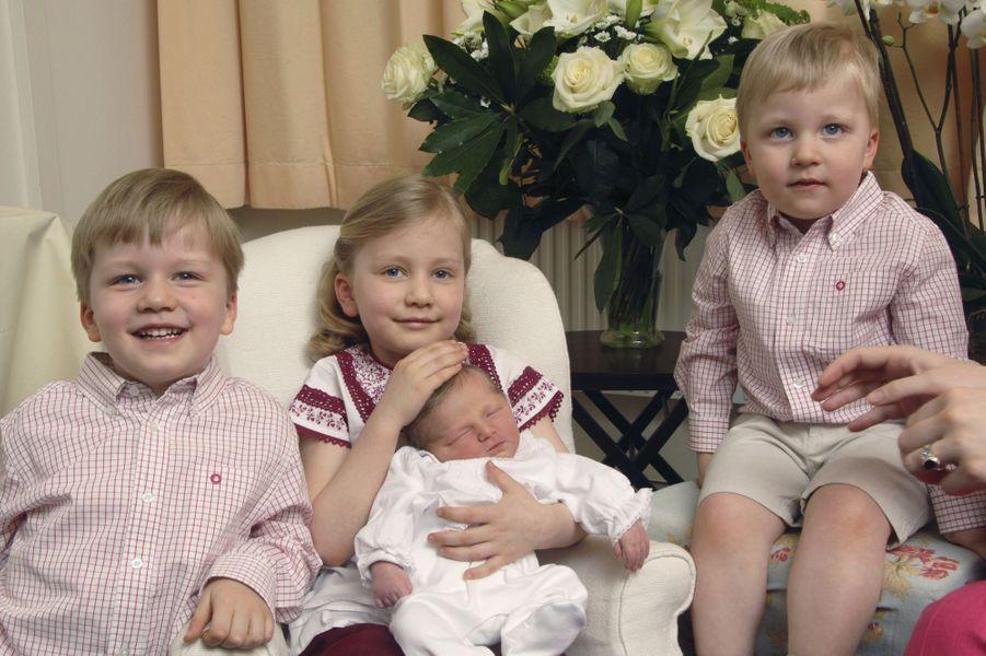 La princesse Elisabeth de Belgique, à la naissance d'Eleonore, le 14 avril 2008