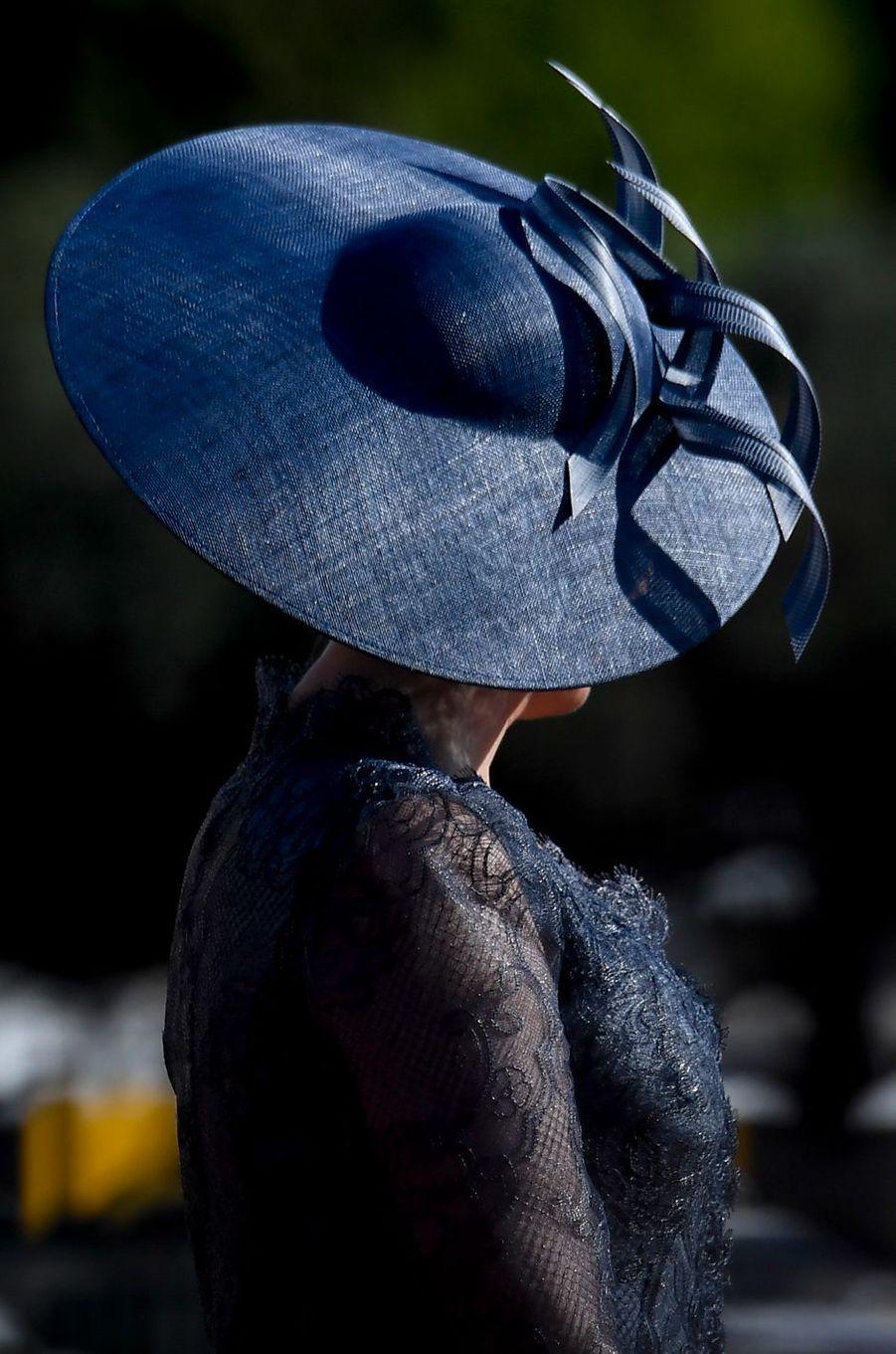 Le chapeau de la reine des Belges Mathilde à Lisbonne, le 22 octobre 2018