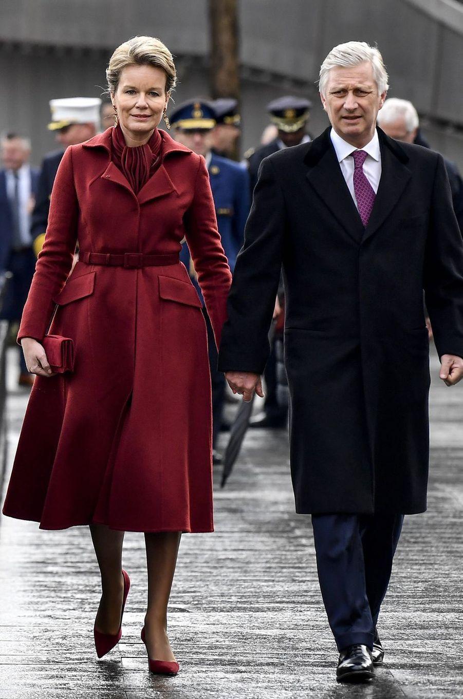 La reine des Belges Mathilde, en total look bordeaux, à New York le 11 février 2020