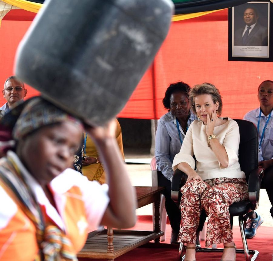 La reine des Belges Mathilde au Mozambique en visite humanitaire, le 5 février 2019