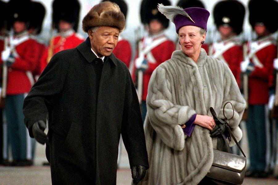 La reine Margrethe II de Danemark avec Nelson Mandela, le 15 mars 1999