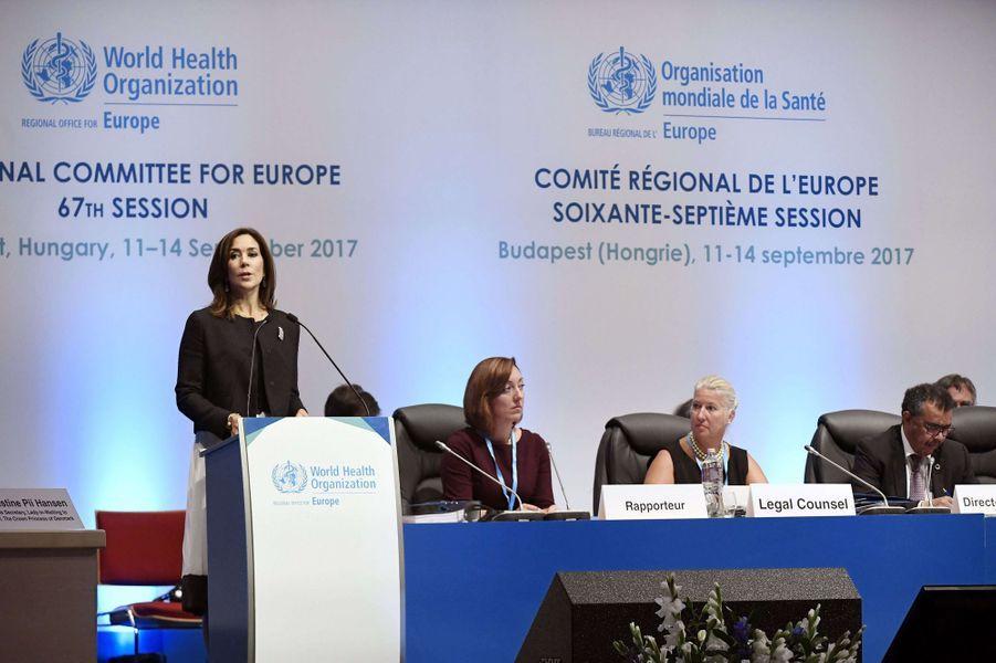 La princesse Mary de Danemark lors d'une session de l'OMS Europe à Budapest, le 11 septembre 2017
