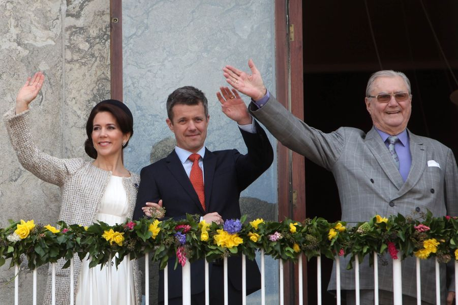 La princesse Mary et les princes Frederik et Henrik de Danemark à Aarhus, le 8 avril 2015