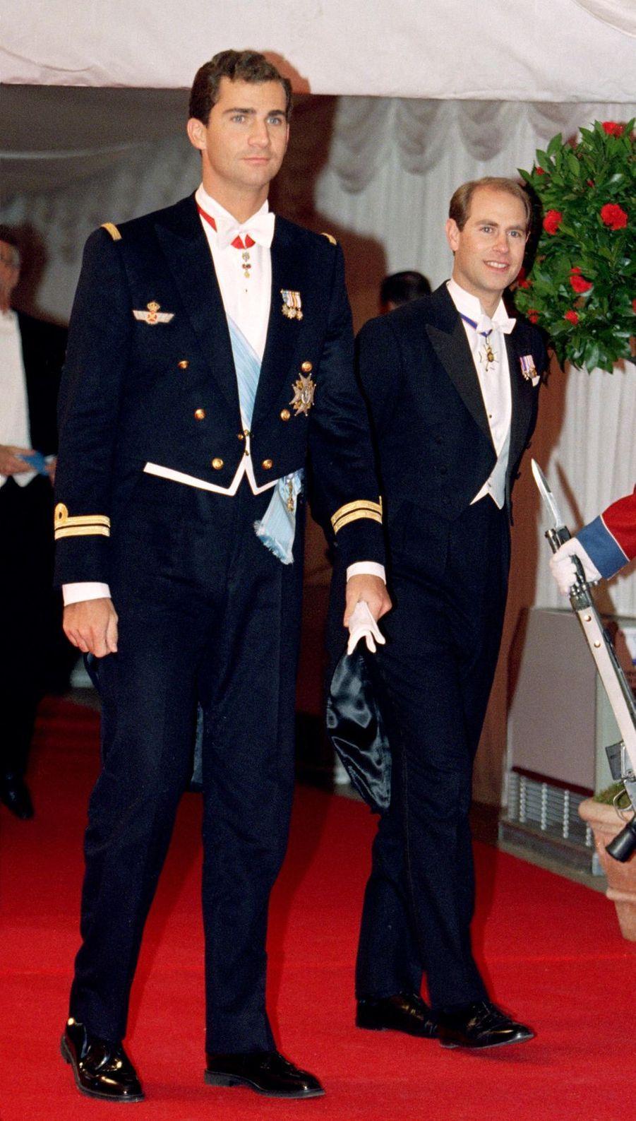 Le prince héritier Felipe d'Espagne et le prince Edward d'Angleterre à Frederiksborg, le 18 novembre 1995