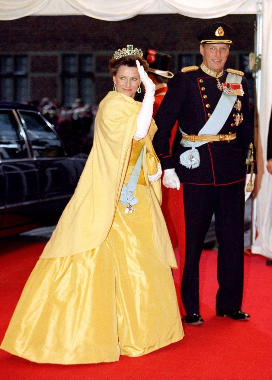 La reine Sonja et le roi Harald V de Norvège à Frederiksborg, le 18 novembre 1995