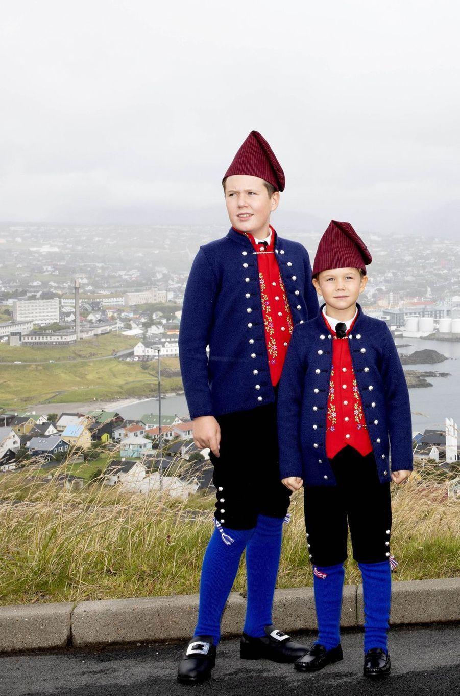 Les princes Christian et Vincent de Danemark aux îles Féroé, le 23 août 2018