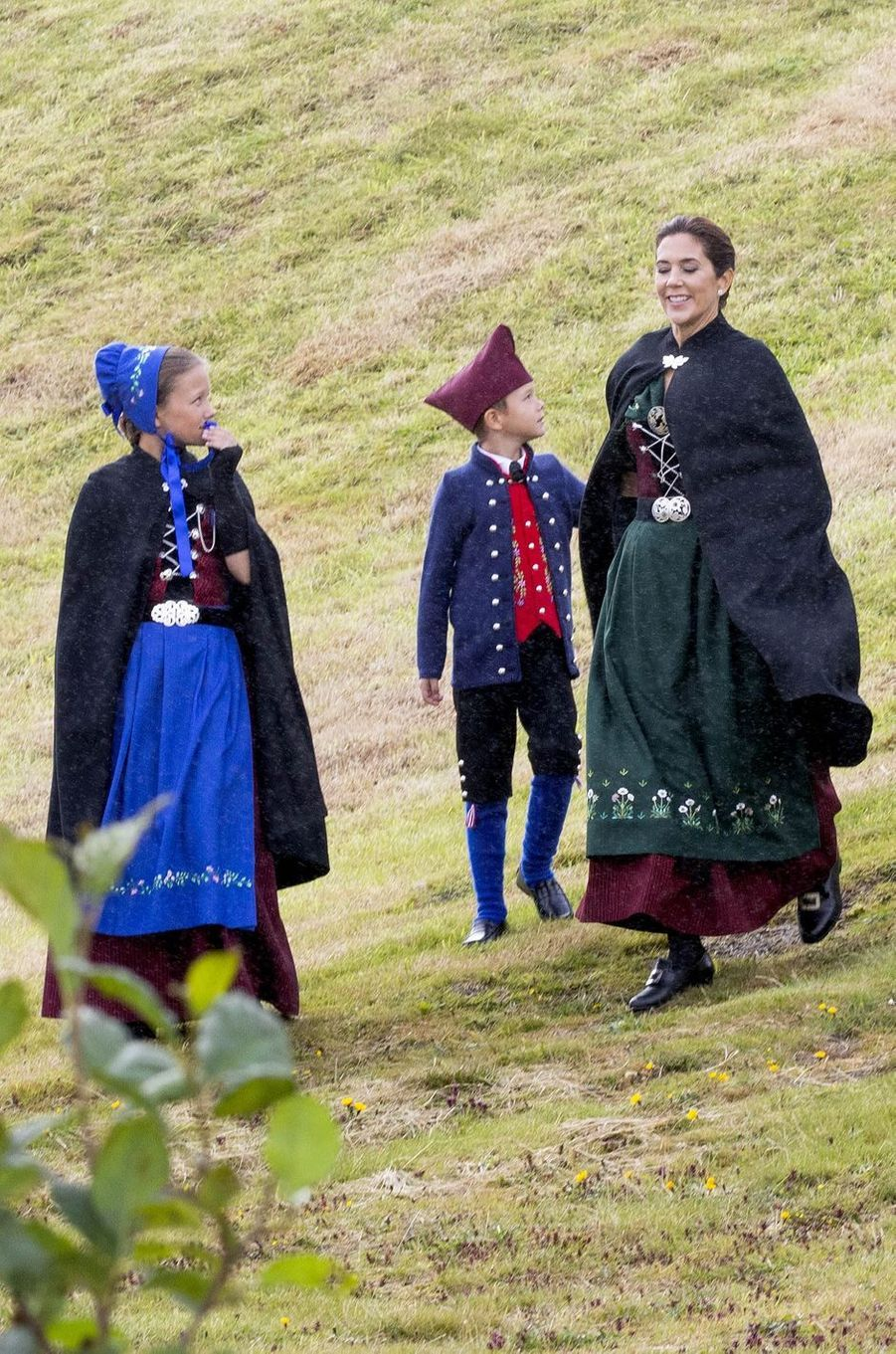 La princesse Mary de Danemark avec la princesse Isabella et le prince Vincent aux îles Féroé, le 23 août 2018