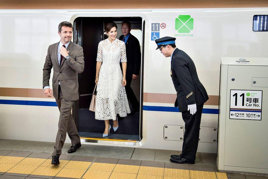 La princesse Mary et le prince Frederik de Danemark arrivent à Kanazawa, le 9 octobre 2017