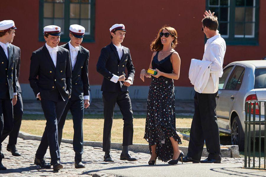 Le prince Nikolai avec son père le prince Joachim de Danemark et sa belle-mère la princesse Marie à Næstved, le 28 juin 2018