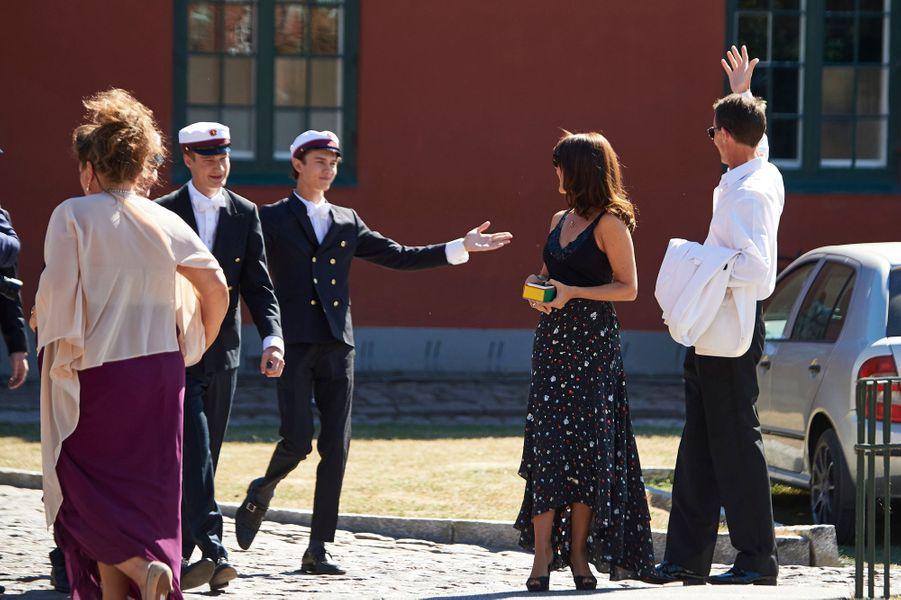 Le prince Nikolai de Danemark avec son père le prince Joachim et sa belle-mère la princesse Marie à Næstved, le 28 juin 2018