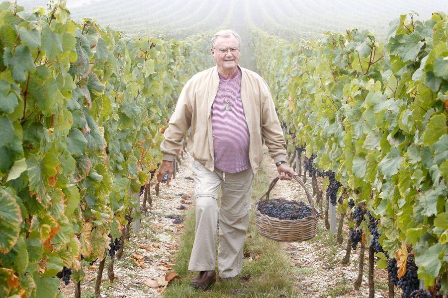 Le prince Henrik de Danemark dans son domaine viticole du château de Cayx, le 24 septembre 2009