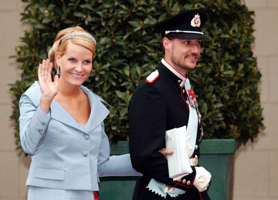 La princesse Mette-Marit et le prince Haakon de Norvège à Copenhague, le 14 mai 2004