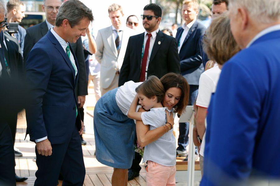 La princesse Mary et le prince Frederik du Danemark avec le prince Henrik à Rio de Janeiro, le 2 août 2016