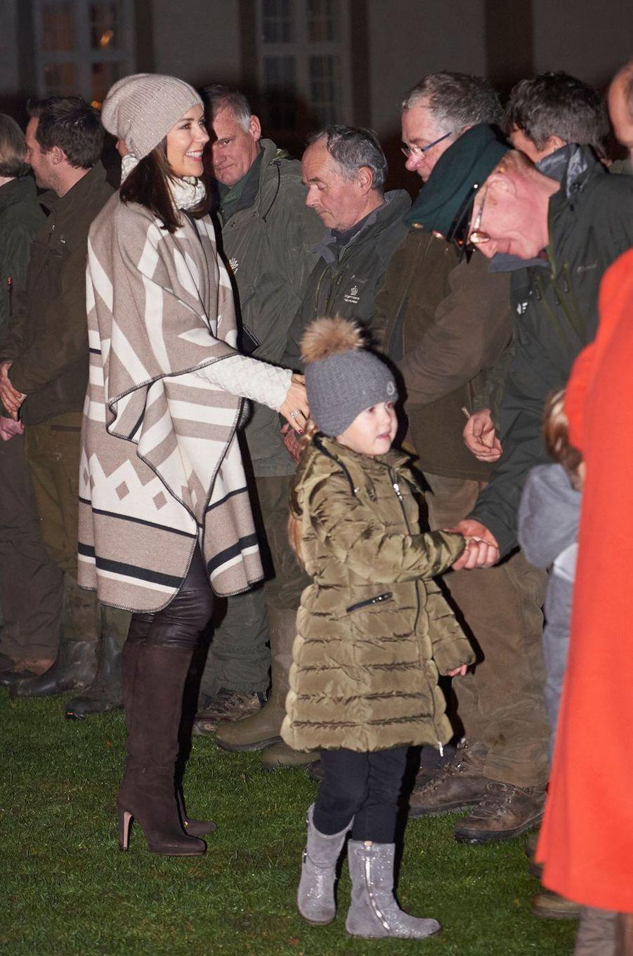 La princesse Joséphine de Danemark avec la princesse Mary à Fredensborg, le 22 novembre 2016