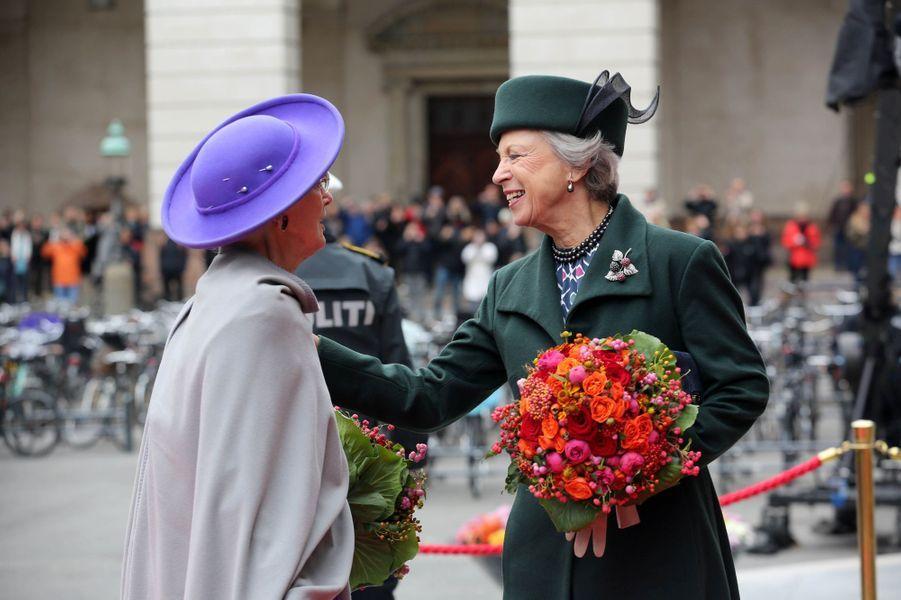 La reine Margrethe II de Danemark et sa soeur la princesse Benedikte, à Copenhague le 1er octobre 2019