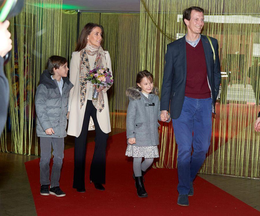 La princesse Marie et le prince Joachim de Danemark avec leurs enfants à Copenhague, le 3février 2019