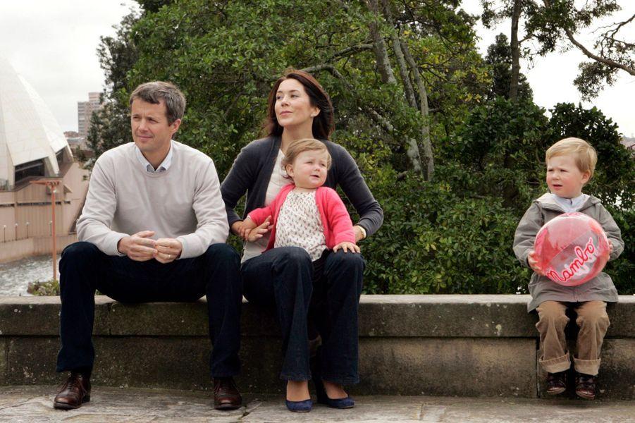 La princesse Isabella de Danemark avec ses parents et son grand frère, le 4 septembre 2008