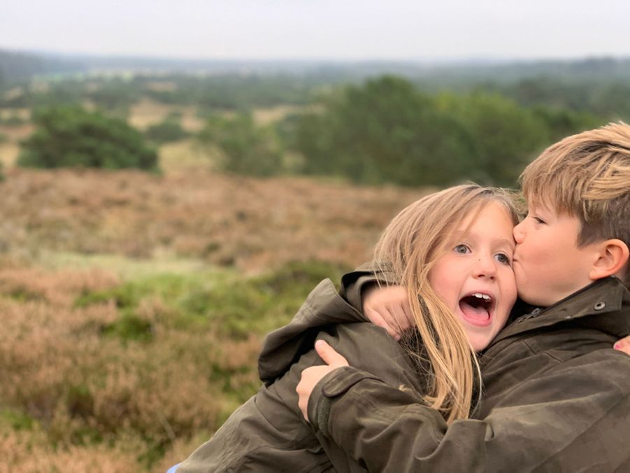 La princesse Josephine et le prince Vincent de Danemark. L'une des photos diffusées le 8 janvier 2020 pour leurs 9 ans