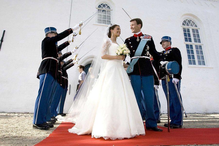 Marie Cavallier et le prince Joachim de Danemark le jour de leur mariage, le 24 mai 2008