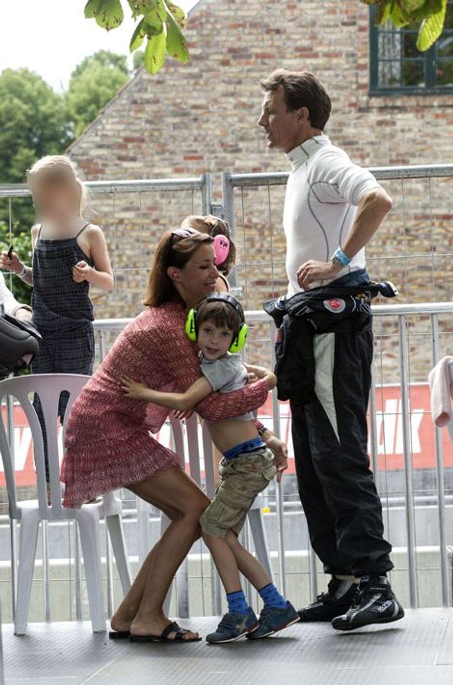 La princesse Marie et le prince Joachim de Danemark avec leurs enfants Henrik et Athena à Copenhague, le 2 août 2015