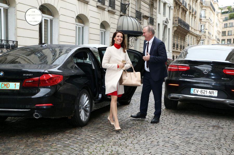 La princesse Marie de Danemark à sa descente de voiture à Paris, le 29 novembre 2019