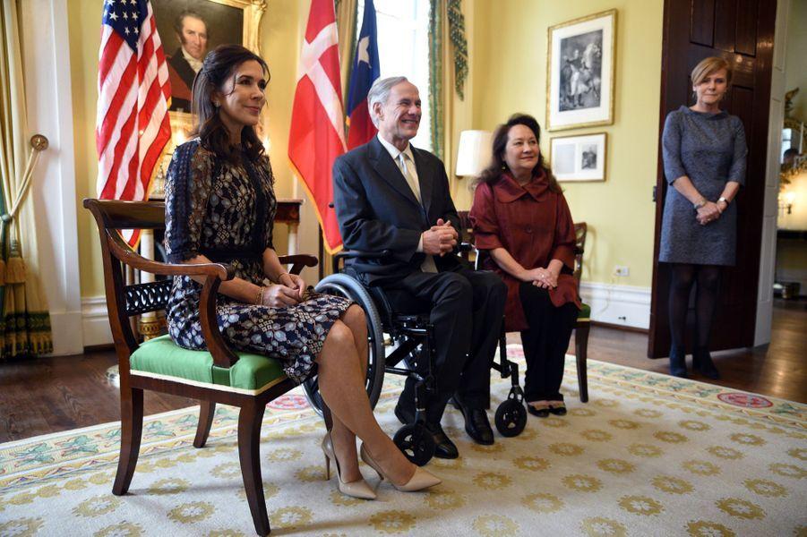 La princesse Mary de Danemark avec le gouverneur du Texas et sa femme à Austin, le 11 mars 2019