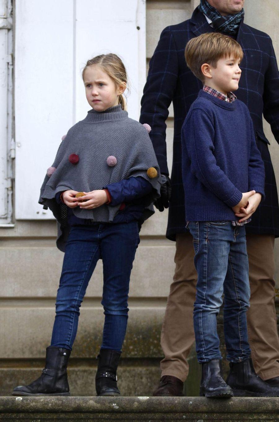 La princesse Josephine et le prince Vincent de Danemark à Dyrehaven, le 4 novembre 2018
