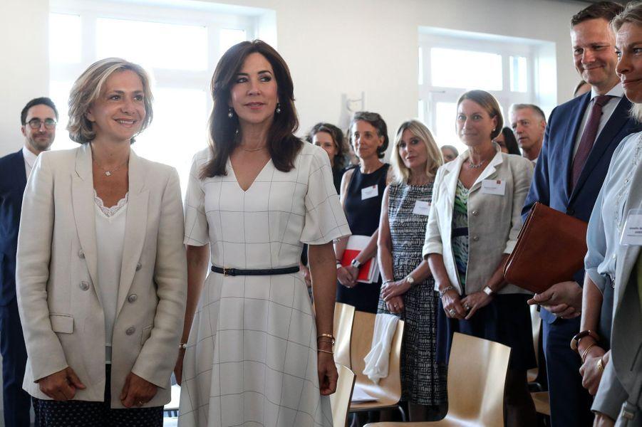 La princesse Mary de Danemark avec Valérie Pécresse à Paris, le 24 juin 2019