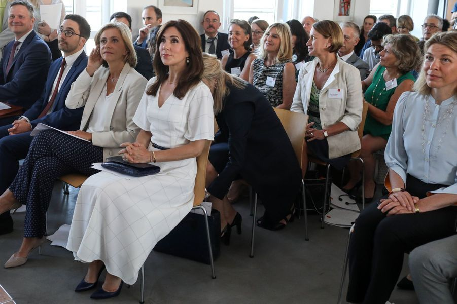 La princesse Mary de Danemark à un colloque à Paris, le 24 juin 2019