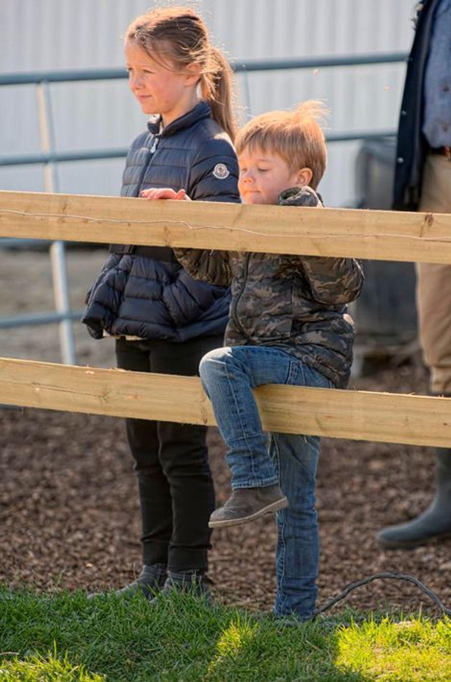 La princesse Isabella et le prince Vincent de Danemark à Kirke Hyllinge, le 19 avril 2015