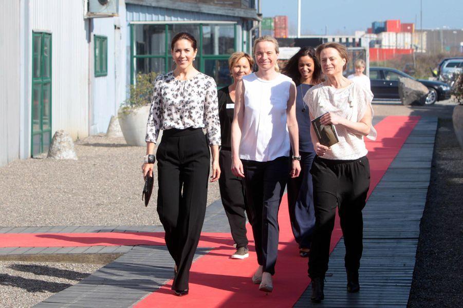 La princesse Mary aux 10 ans de Maternity Foundations à Copenhague, le 22 avril 2015