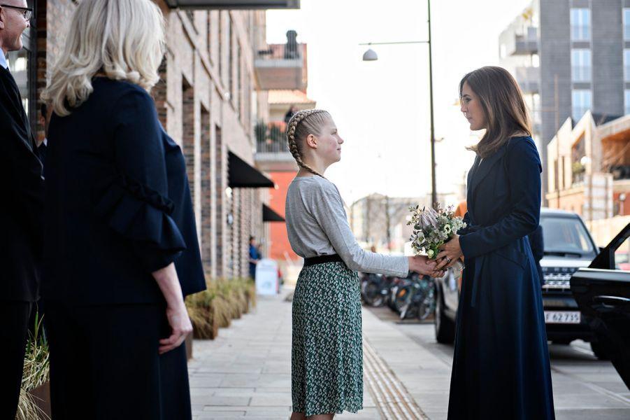 La princesse Mary de Danemark dans le quartier Nordhavn à Copenhague, le 12 avril 2018