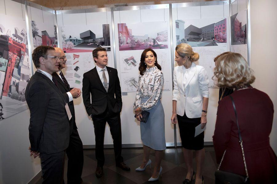 La princesse Mary et le prince Frederik de Danemark à Riga, le 7 décembre 2018