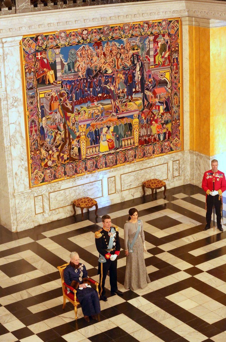 La reine Margrethe II de Danemark avec la princesse Mary et le prince Frederik à Copenhague, le 3 janvier 2019