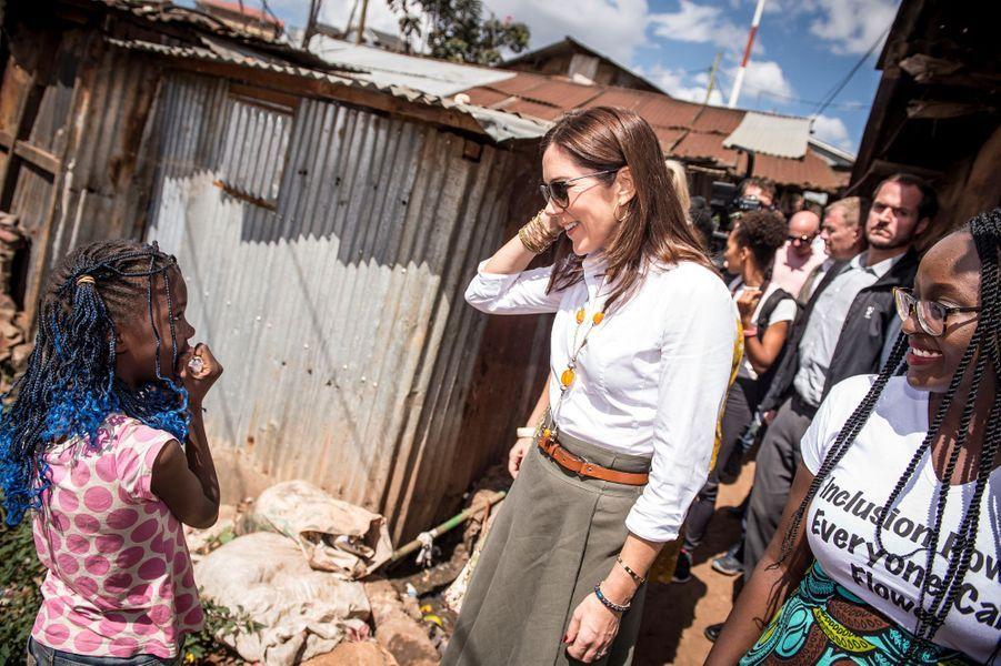 La princesse Mary de Danemark avec Maria Omare à Nairobi, le 28 novembre 2018