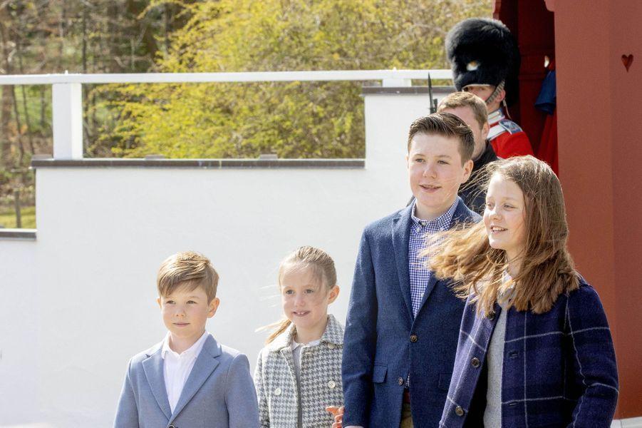 Les princes Vincent et Christian et les princesses Josephine et Isabella de Danemark à Aarhus, le 16 avril 2019