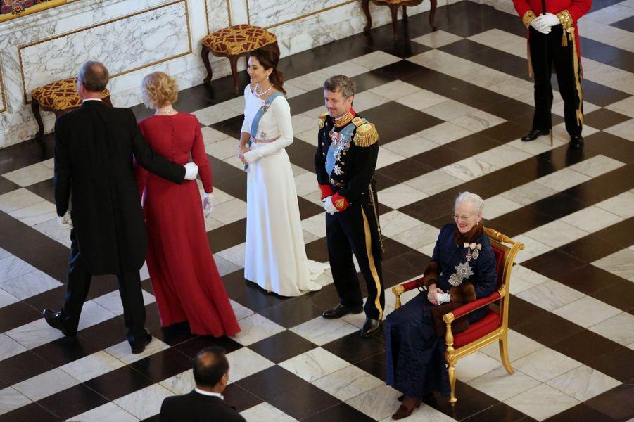 La reine Margrethe II, le prince héritier Frederik et la princesse Mary de Danemark à Copenhague, le 2 janvier 2019