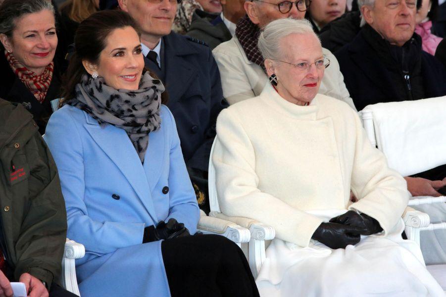 La princesse Mary et la reine Margrethe II de Danemark, le 10 avril 2019 à Copenhague