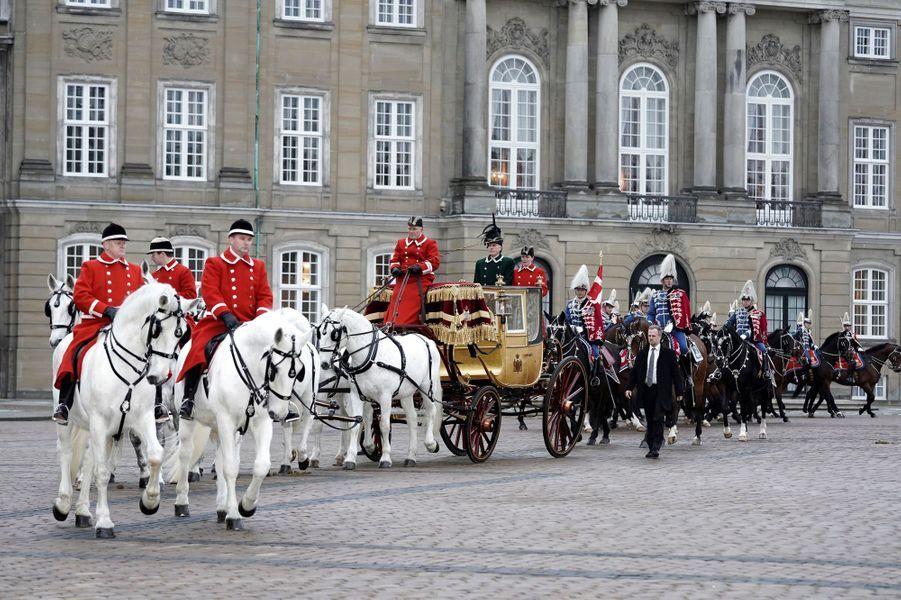 La reine Margrethe II de Danemark dans le carrosse du roi Christian VIII à Copenhague, le 4 janvier 2019
