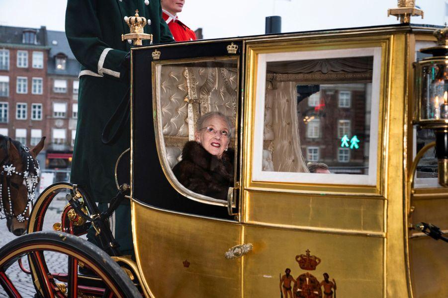 La reine Margrethe II de Danemark en carrosse à Copenhague, le 4 janvier 2019