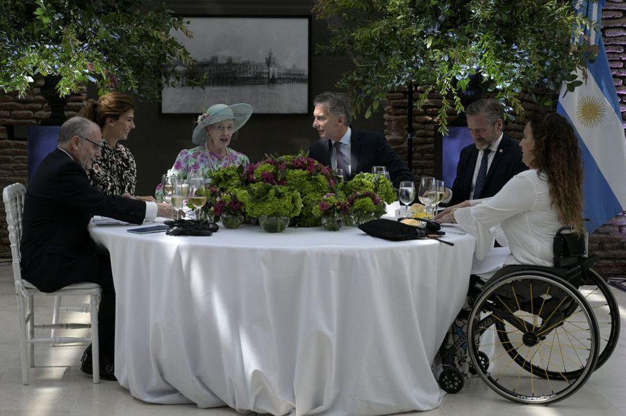 La reine Margrethe II de Danemark avec le couple présidentiel argentin à Buenos Aires, le 18 mars 2019